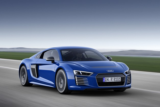 Report: The Audi R8 e-tron weighs 4,056lbs