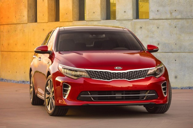 Kia teases the new 2016 Optima ahead of its debut in New York