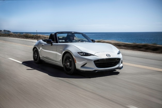 Japan loves the new Mazda MX-5 so much, they just made it the country's Car of the Year