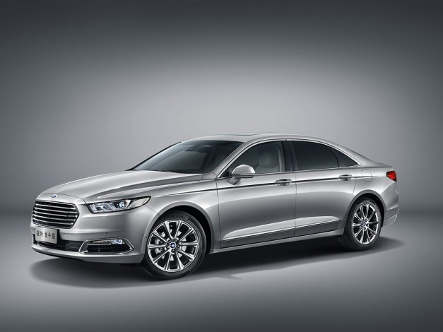 Ford goes full-size luxury with Chinese market Taurus