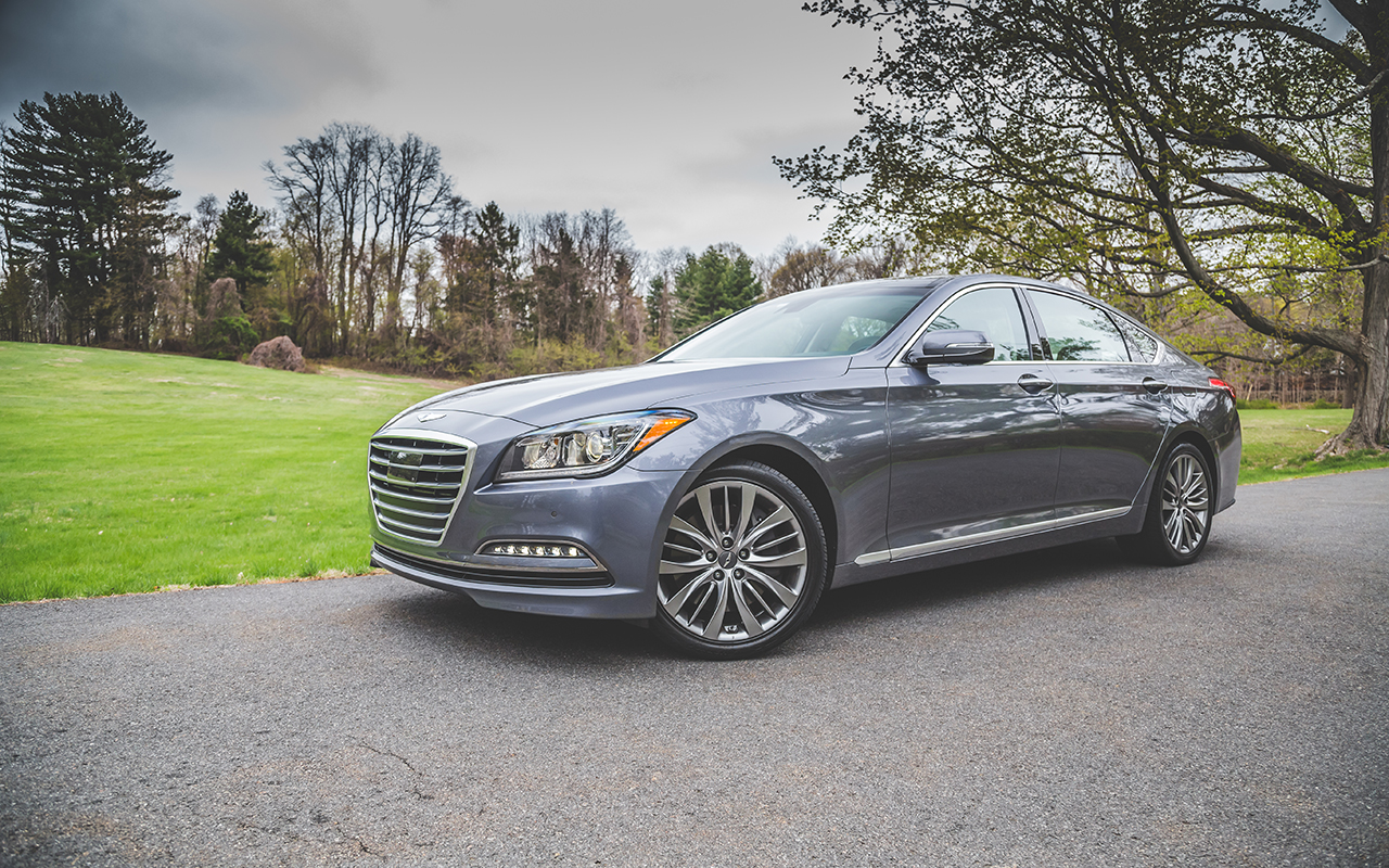 test drive the 2015 hyundai genesis 5 0 is a midsize luxury sedan with sporting pretenses by. Black Bedroom Furniture Sets. Home Design Ideas