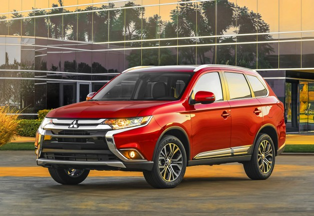 The 2016 Mitsubishi Outlander requires $22,995 for its price of entry