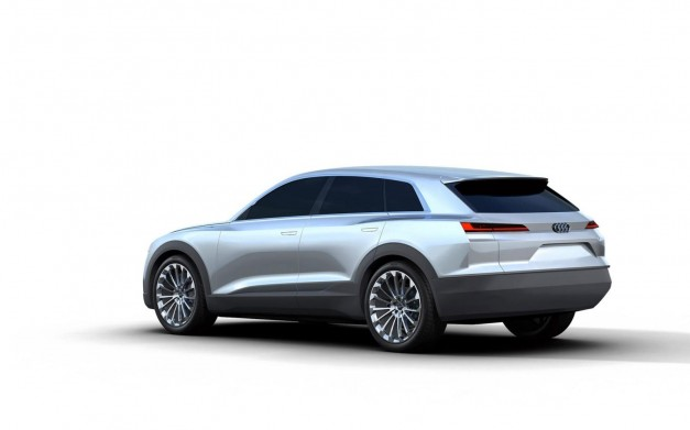 Photo Leak: Is this the new Audi Q6 Concept?