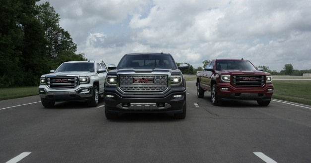 Much like its Chevrolet cousin, the 2016 GMC Sierra gets a facelift
