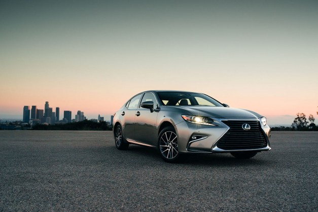 Lexus attempts to add some soul to the ES with some updated looks–does it work?