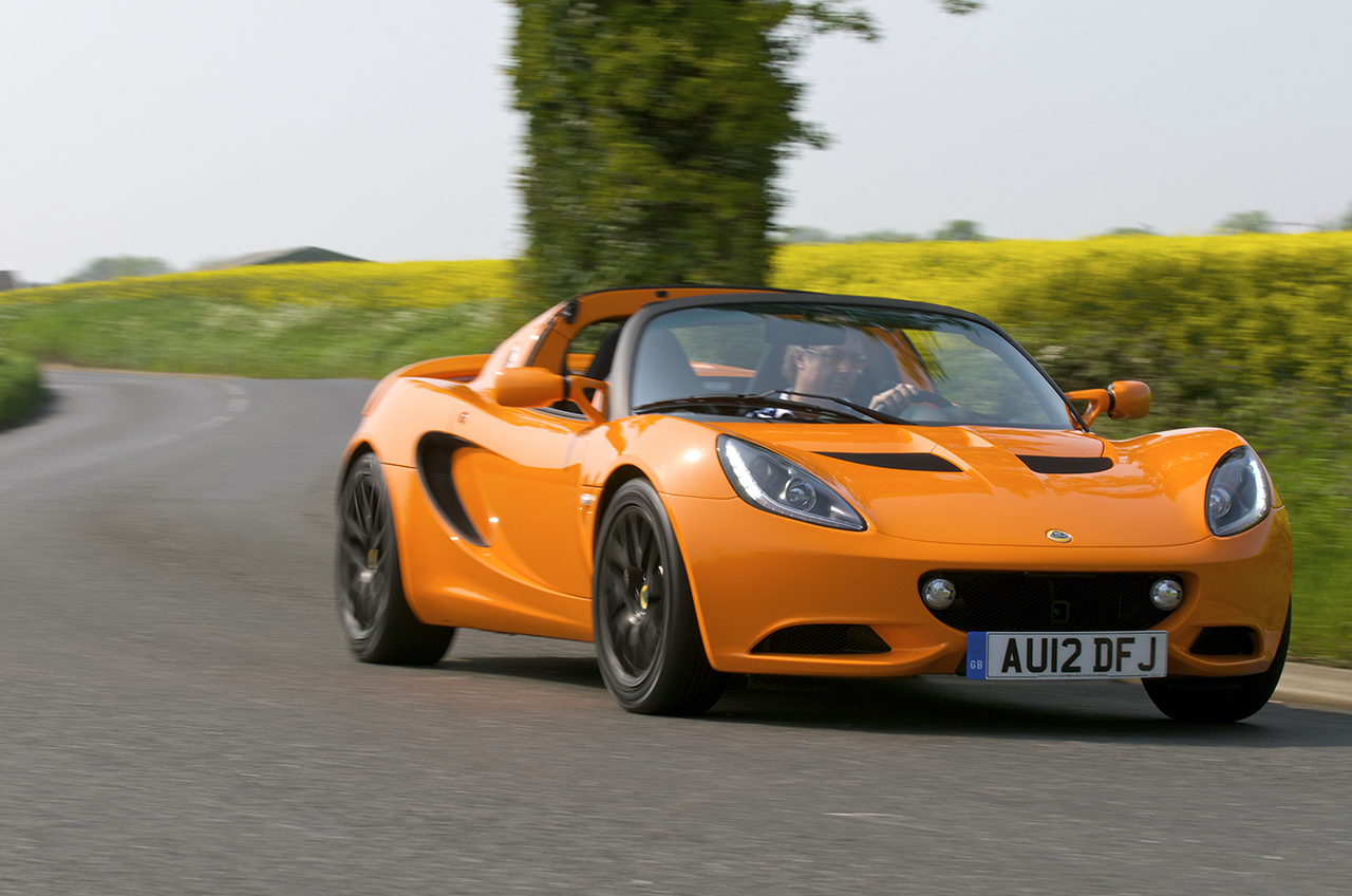 Report: The Lotus Elise Will Make A Triumphant Return To The US In 2020