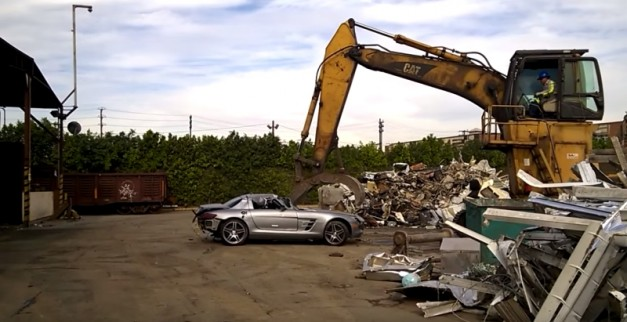 Video: This clip of a Mercedes-Benz SLS AMG being butchered at the crusher is…painful