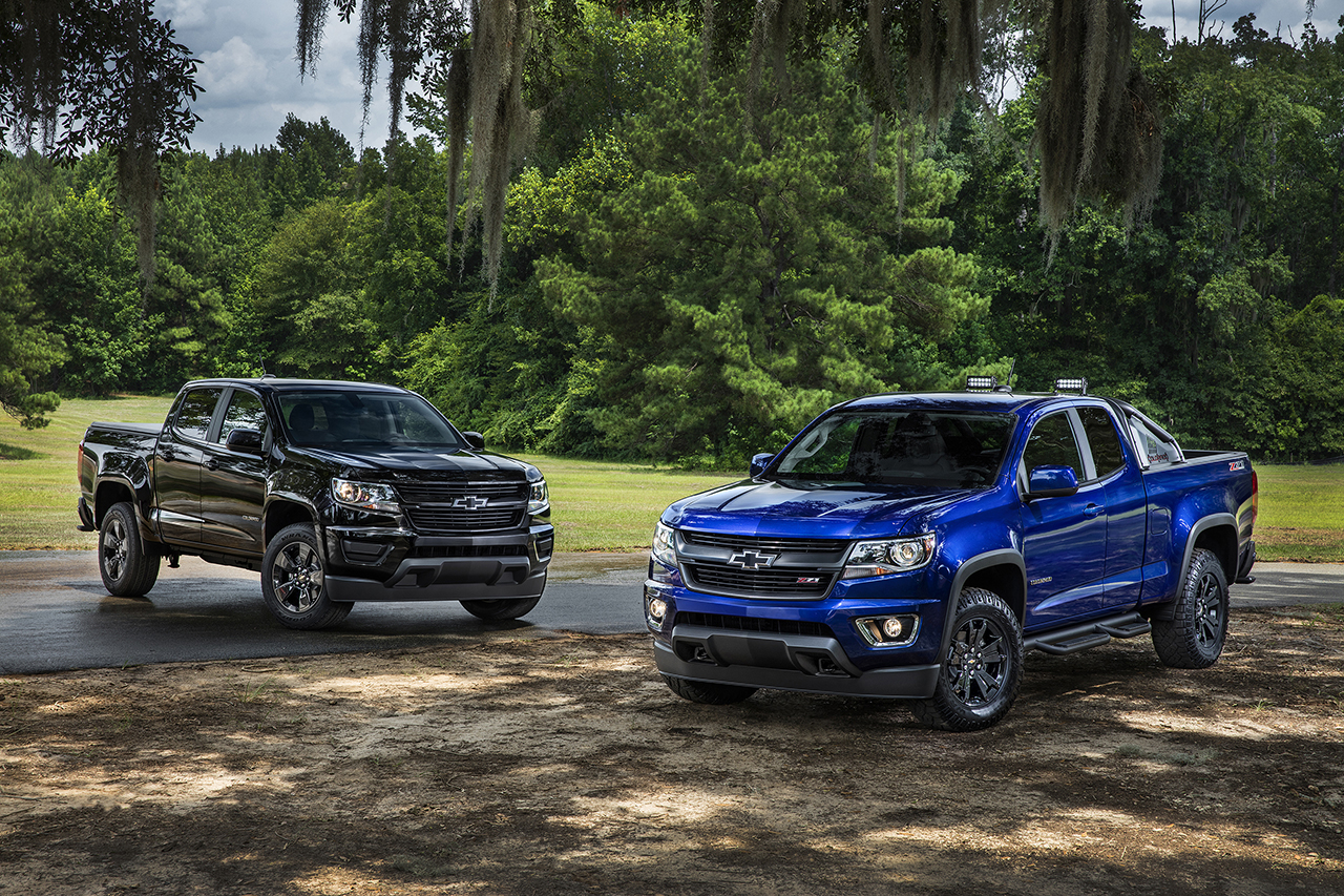 l to r 2016 chevrolet colorado midnight edition and trail boss egmcartech. Black Bedroom Furniture Sets. Home Design Ideas