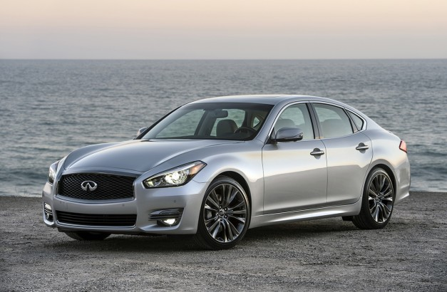 2015 Pebble Beach: The 2016 Infiniti Q70 Premium Select Edition is for the selective bunch