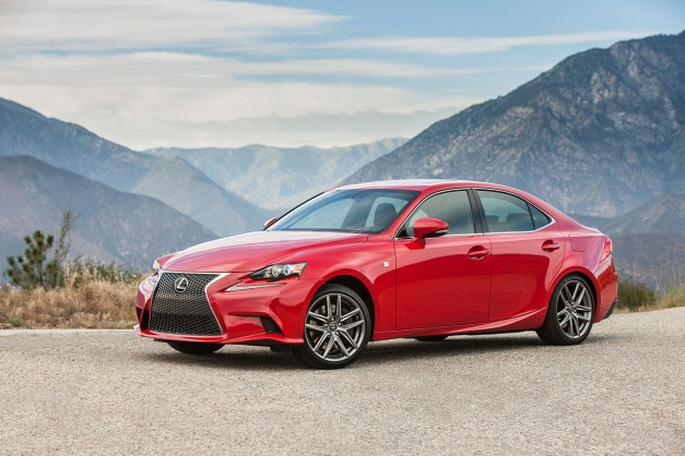 The US-spec 2016 Lexus IS gains two new engines