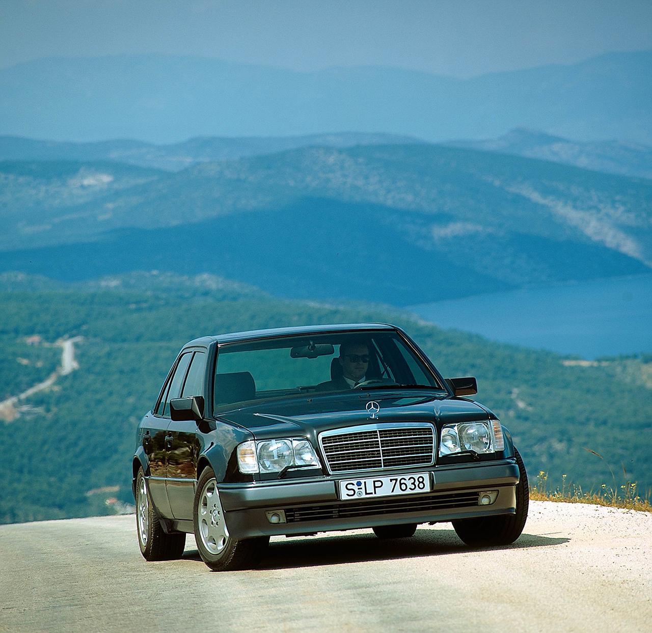 1995 Mercedes-Benz E500 - 500E