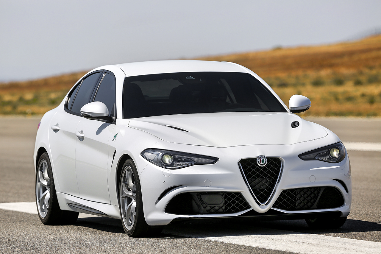 2016 alfa romeo giulia quadrifoglio 6 egmcartech. Black Bedroom Furniture Sets. Home Design Ideas