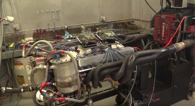 Video: This custom-made one-off engine is an insanely awesome V12 that Ford never made