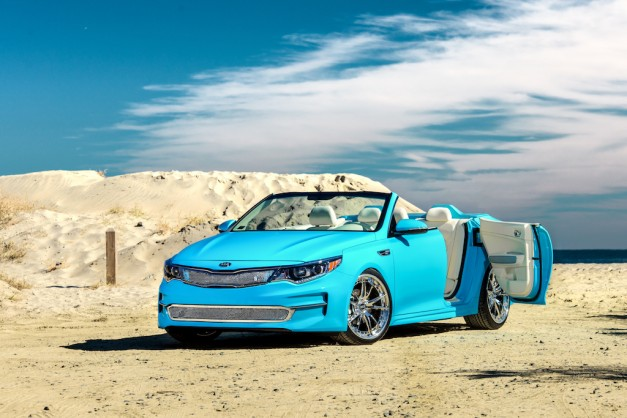 2015 SEMA Preview: Kia chops the head off of an Optima to create the Cabrio Concept