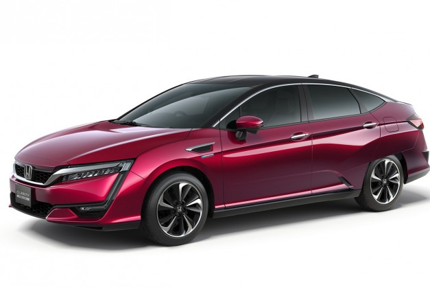 2015 Tokyo: The production Honda Clarity Fuel Cell shows up in Japan's capital