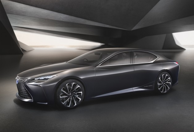 "Report: The 2018 Lexus LS sedan will have a bunch of ""cool stuff"" inside the interior"