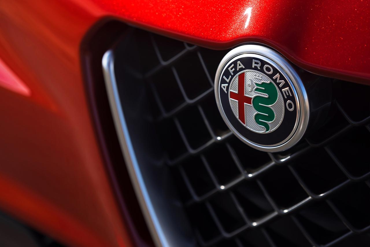 2015 LA - 2017 Alfa Romeo Giulia