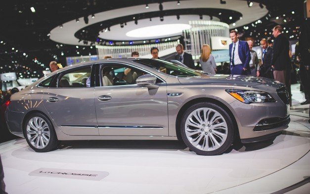 2015 Los Angeles: The 2017 Buick LaCrosse gets revealed for the second generation