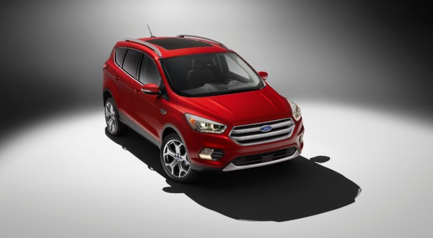 2015 LA Preview: The 2017 Ford Escape gets a heavy facelift for LA