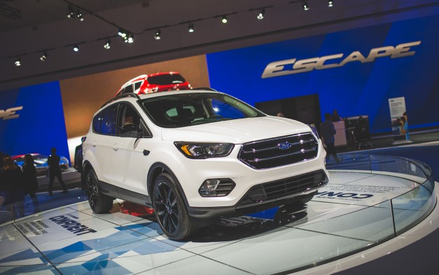 2015 Los Angeles: The refreshed Ford Escape shows up at the LA Convention Center