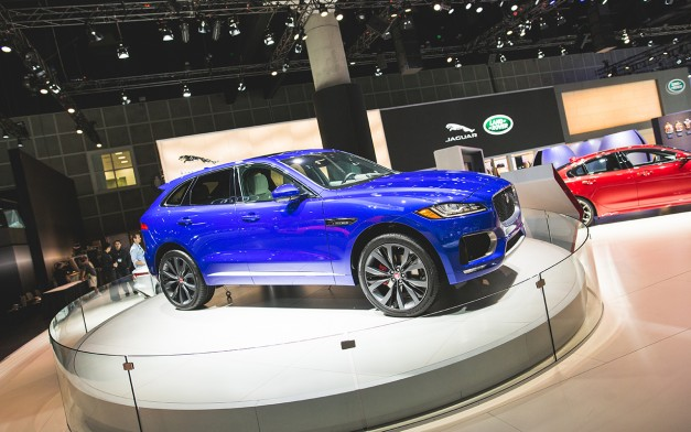 2015 Los Angeles: The 2017 Jaguar F-Pace digs its paws into Californian soil for the first time officially
