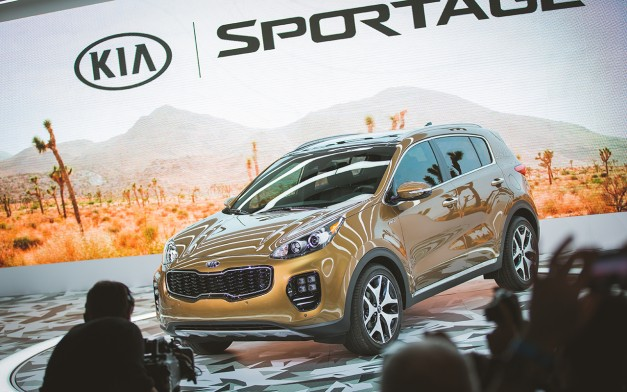 2015 Los Angeles: The 2017 Kia Sportage shows up on North American soil for the first time