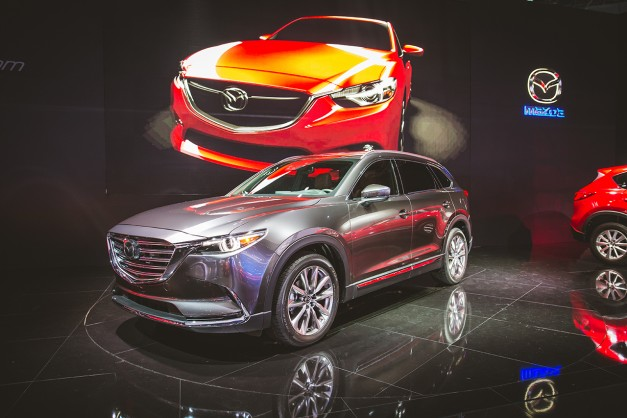 2015 Los Angeles: The Mazda CX-9 gets fully revealed at the LA Convention Center