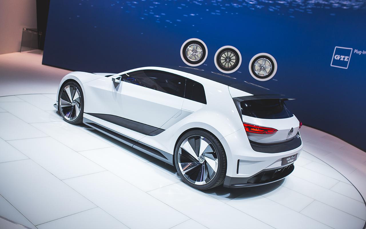 2015 la volkswagen golf gte sport concept 8 egmcartech. Black Bedroom Furniture Sets. Home Design Ideas