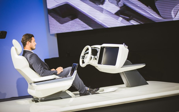2015 Los Angeles: Volvo introduces Concept 26, a new idea towards in-car dashboard design for autonomous driving