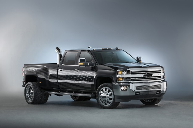 2015 SEMA: The Chevrolet Silverado 3500HD Kid Rock Concept is here for the coal rollers and brodozers