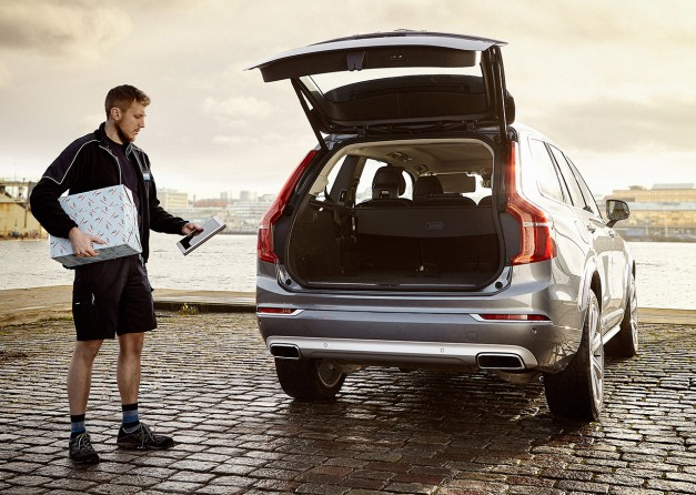 Video: Volvo launches delivery service to your car in Sweden with PostNord