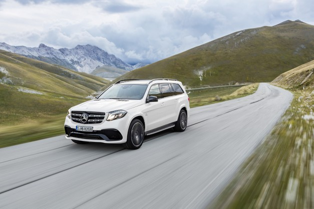 The new 2017 Mercedes-Benz GLS goes official to replace the GL, despite just being a refresh