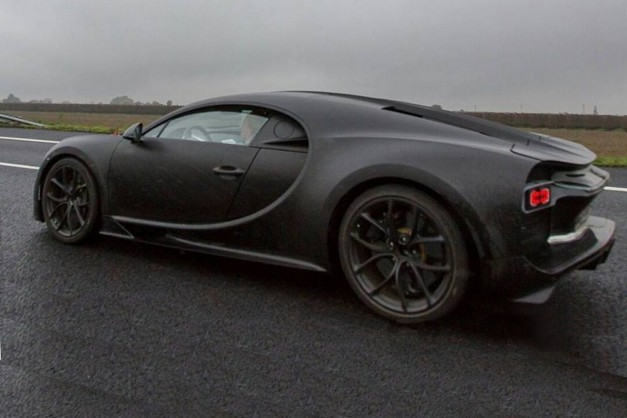 Spy Shot: This snapshot is the best glimpse we've gotten of the Bugatti Chiron yet