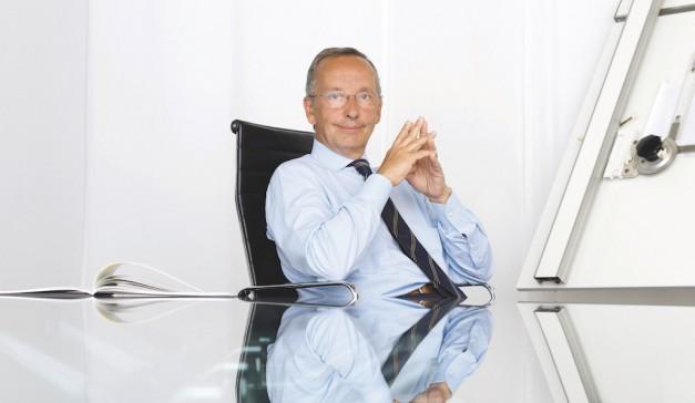 Volkswagen's head of design, Walter de Silva, announces retirement