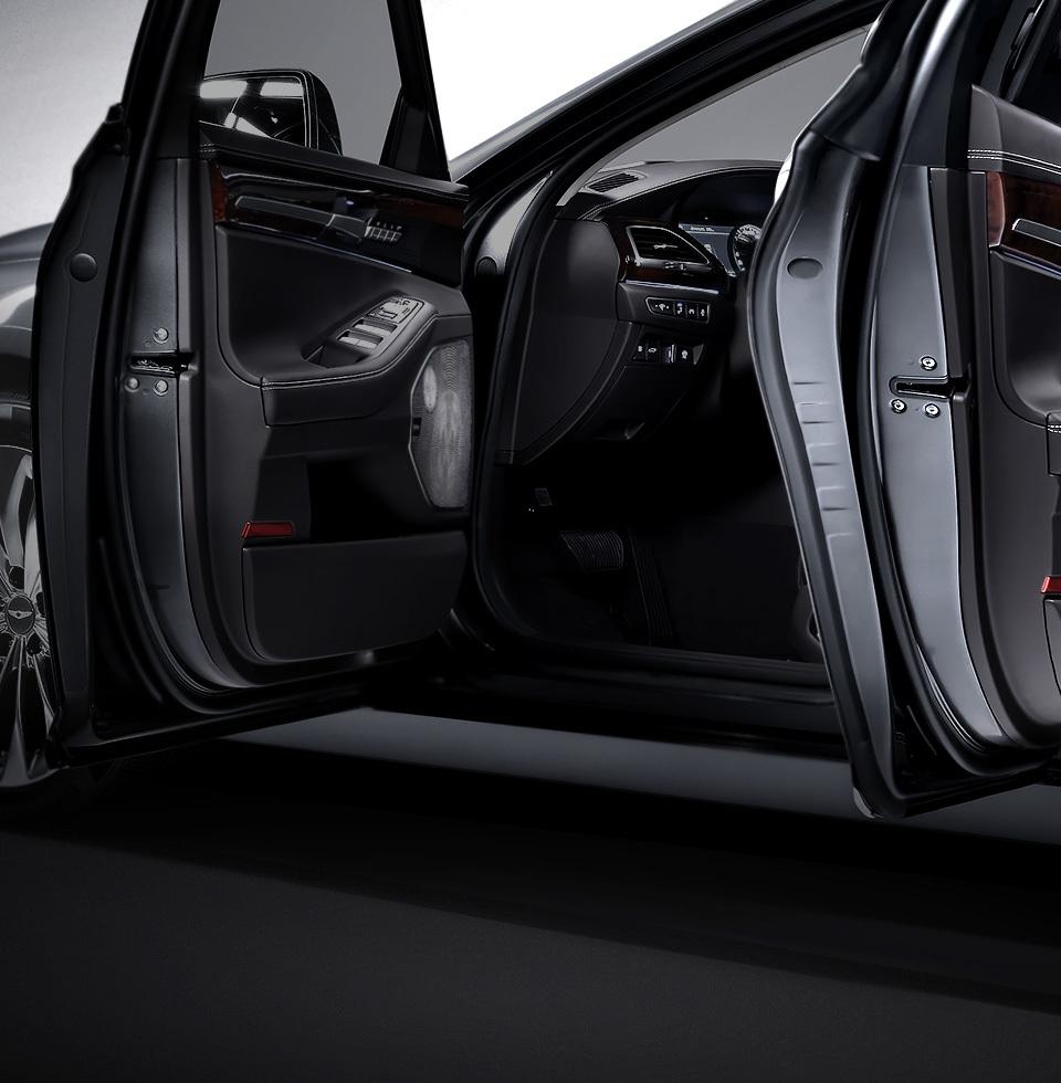 2017 Genesis G90 By Hyundai (13)
