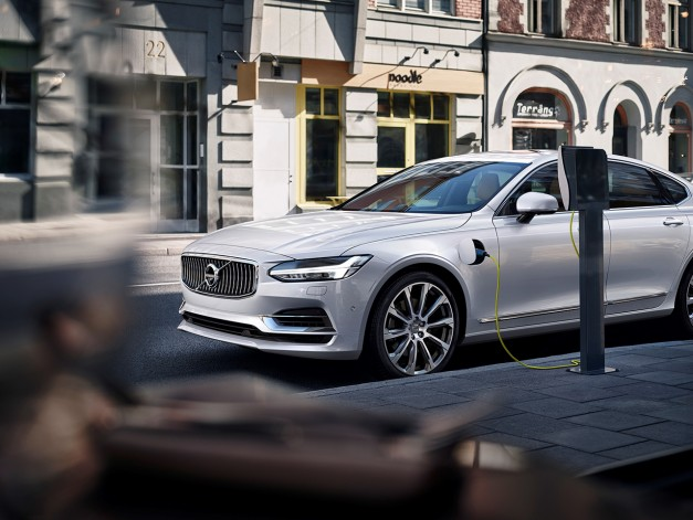 Report: Rumors are stirring about a Volvo S90 Polestar, and we're hoping they're true