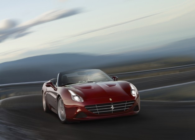 The Ferrari California T gets a new Handling Speciale package