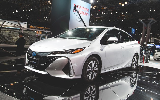 2016 new york the toyota prius prime gets lots of upgrades but doesn 39 t come with free delivery. Black Bedroom Furniture Sets. Home Design Ideas