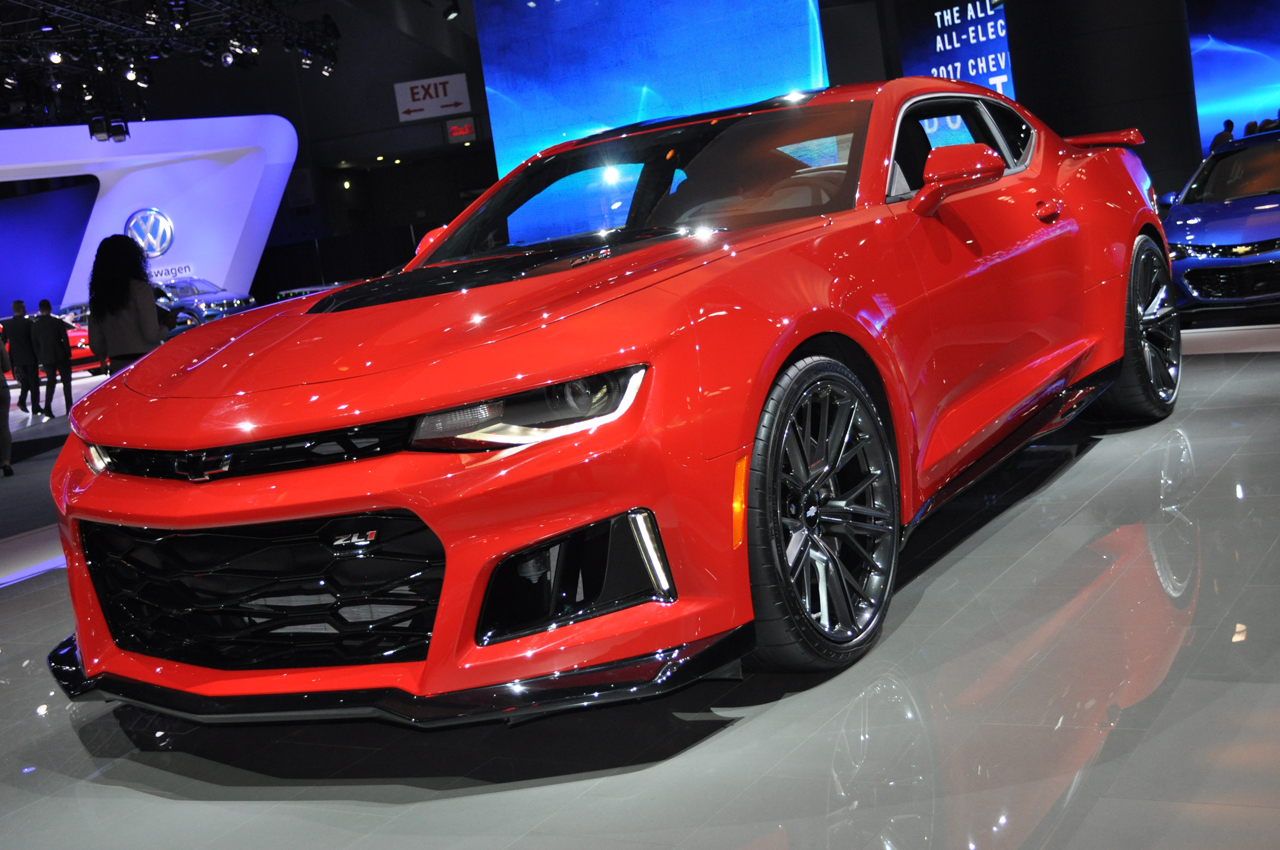 2016 new york z06 powered camaro zl1 is a declaration of war egmcartech. Black Bedroom Furniture Sets. Home Design Ideas
