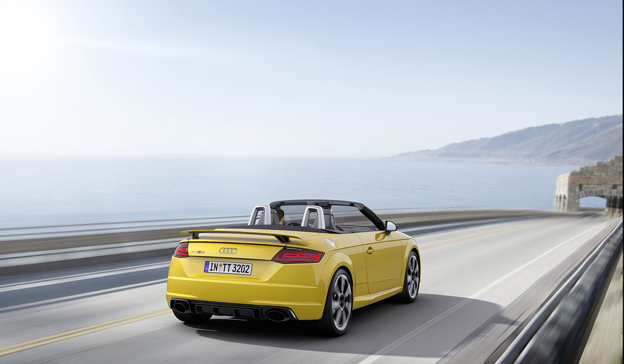2016 Beijing Preview - 2017 Audi TT RS Coupe and Roadster