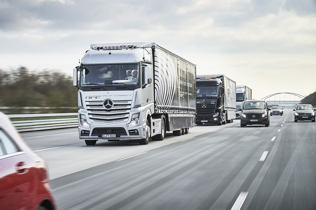 2016 Mercedes-Benz Actros Autonomous Trucks Test