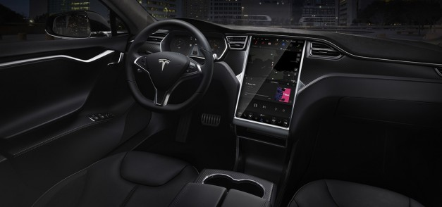 Report: Tesla introduces new safety features to Autopilot