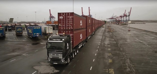Video: Watch a man assist a Volvo Truck with pulling 827-tons worth of containers