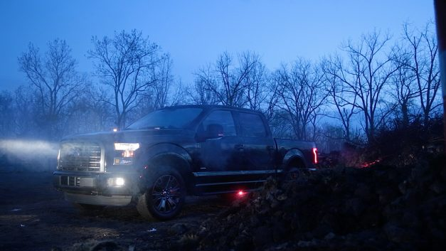 Ford offers factory-installed LED warning strobes for all 2016 F150s