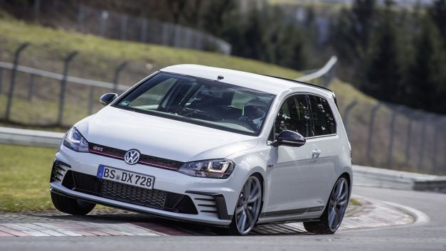 Video: Here's some footage of Volkswagen beating the Nürburgring record with the Golf GTI Clubsport S