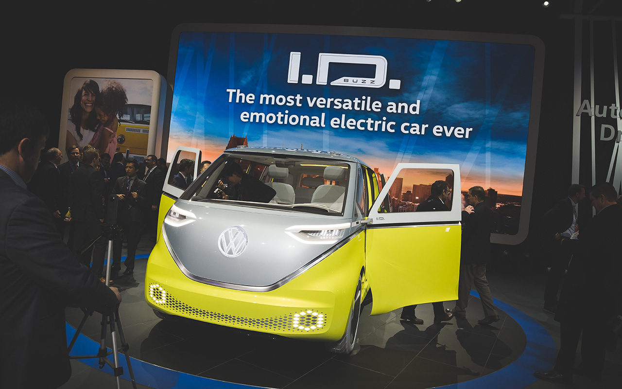 2017 NAIAS: The Volkswagen I.D. Buzz is yet another bus concept for Detroit