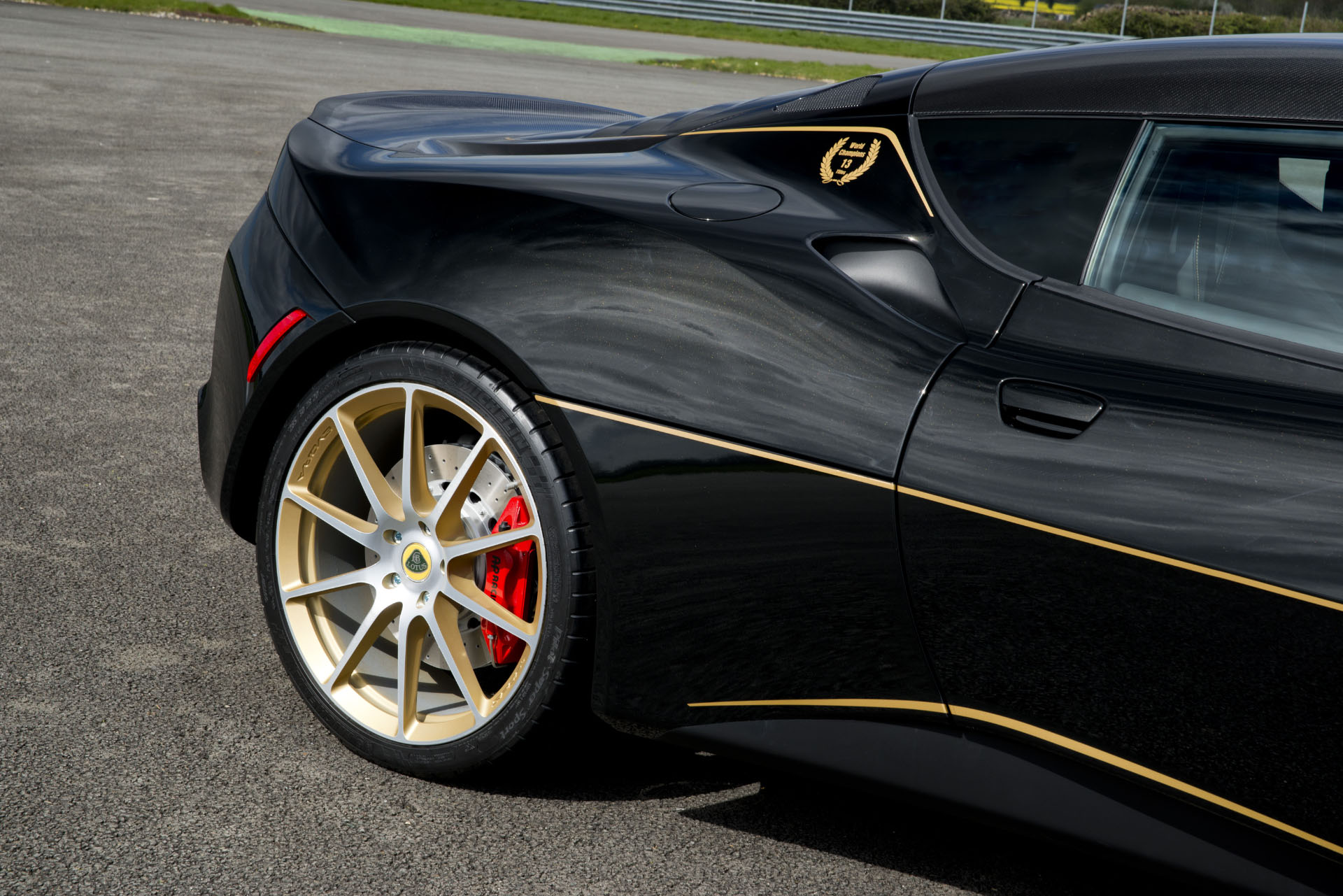 Lotus Evora Sport 410 GP Edition (4)
