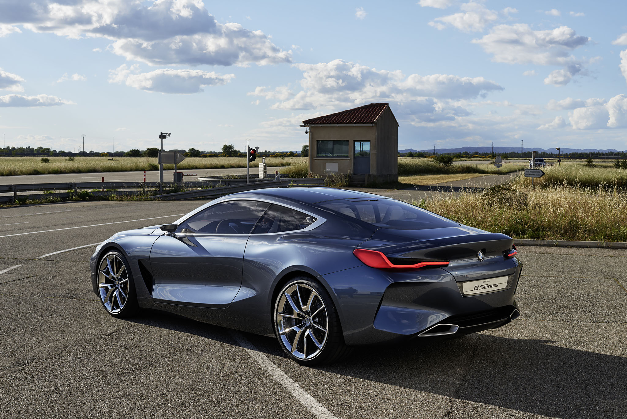 breaking the new bmw 8 series is back after a 18 year hiatus and this is it in concept form. Black Bedroom Furniture Sets. Home Design Ideas