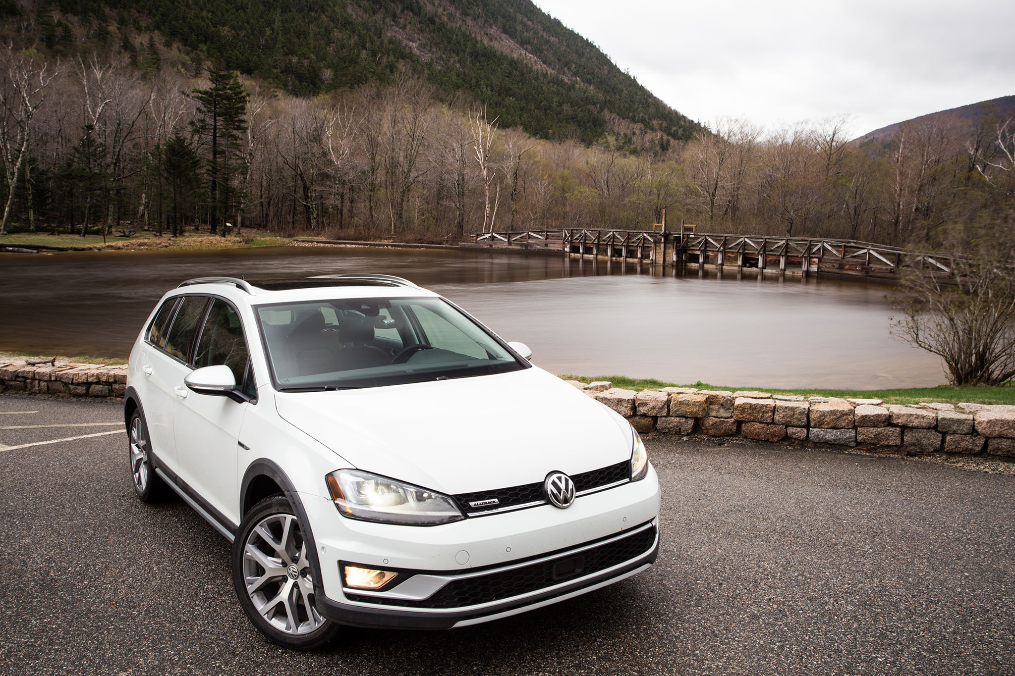 Review - 2017 Volkswagen Golf Alltrack (1)