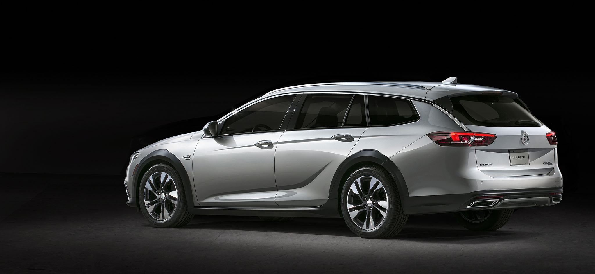 par car clutch with Report The 2018 Buick Regal Tourx Will Msrp For Under 30000 on Sujet3651 furthermore  in addition Ezgo Carburetor Diagram moreover Audi Rs Q3 Performance Audis Alphabet Soup Creates A 367 Hp Mini Monster also Geneva 2014 420 Ps Audi Tt Quattro Sport Concept.